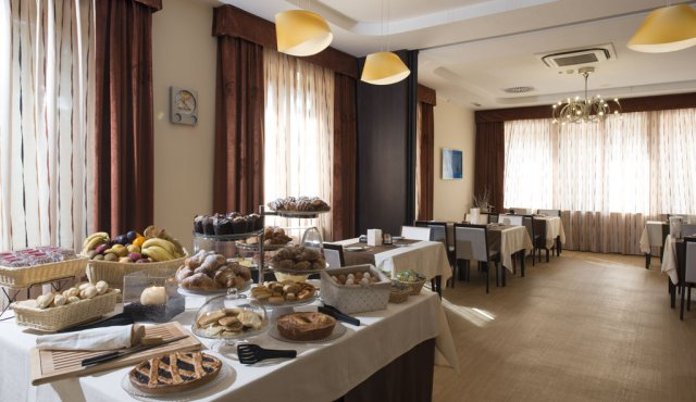 Breakfast - Wellness & SPA - Hotel Guglielmo